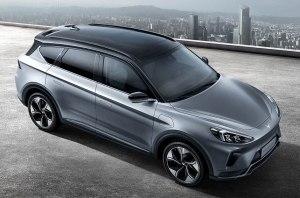 Электрокар Arcfox: 5G, 4К-экран и сканер отпечатков пальцев – это точно автомобиль?