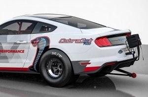 Ни звука: бесшумный драгстер на базе Ford Mustang