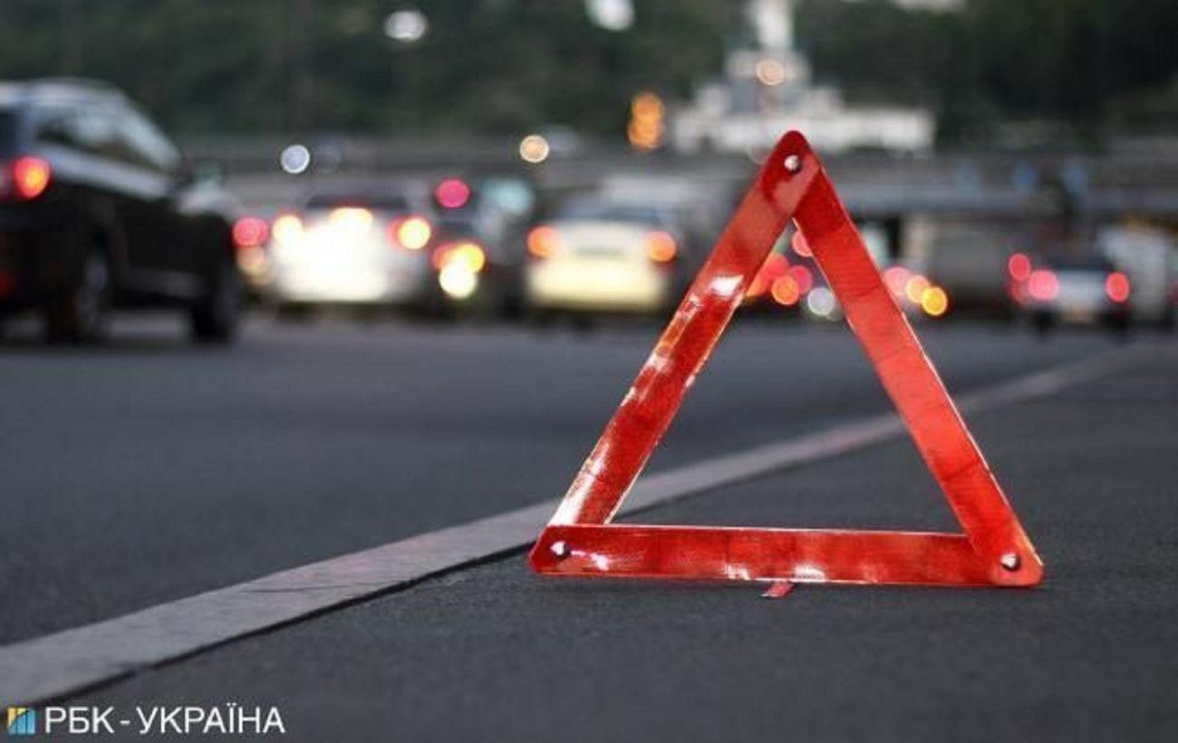 В Крыму в ДТП с микроавтобусом погибли 8 человек