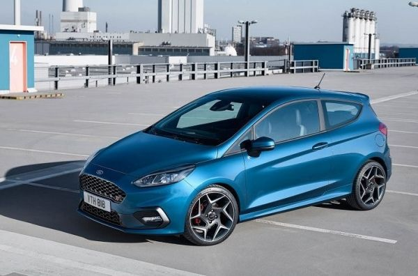 Ford Fiesta – бюджетный хэтчбек. Ford Fiesta ST 3-х дверная