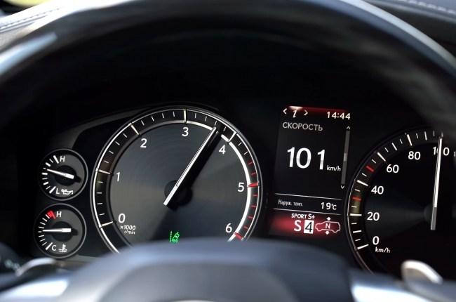 Lexus LX 450d разгон до 100