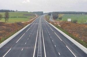 В Украине полным ходом идет ремонт дорог: какие области лидируют