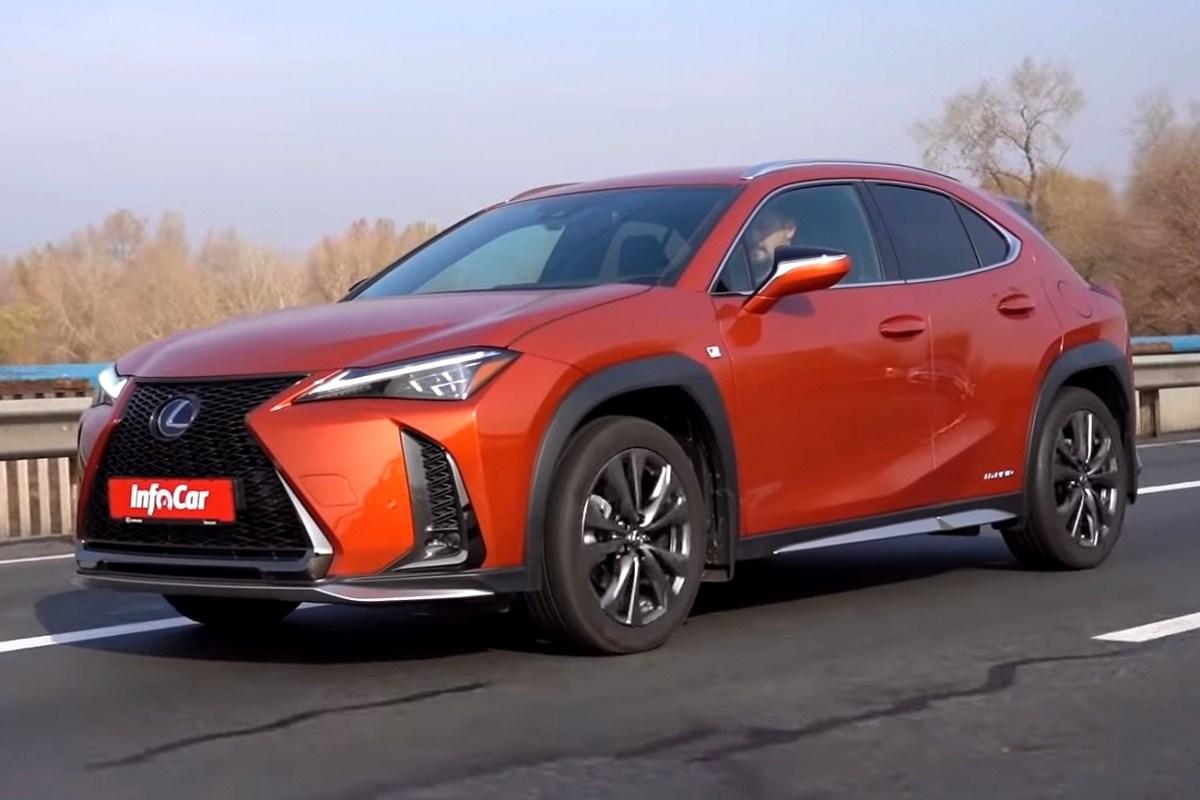 Тест-драйв Lexus UX: Lexus UX – не самый дешевый входной билет в премиум