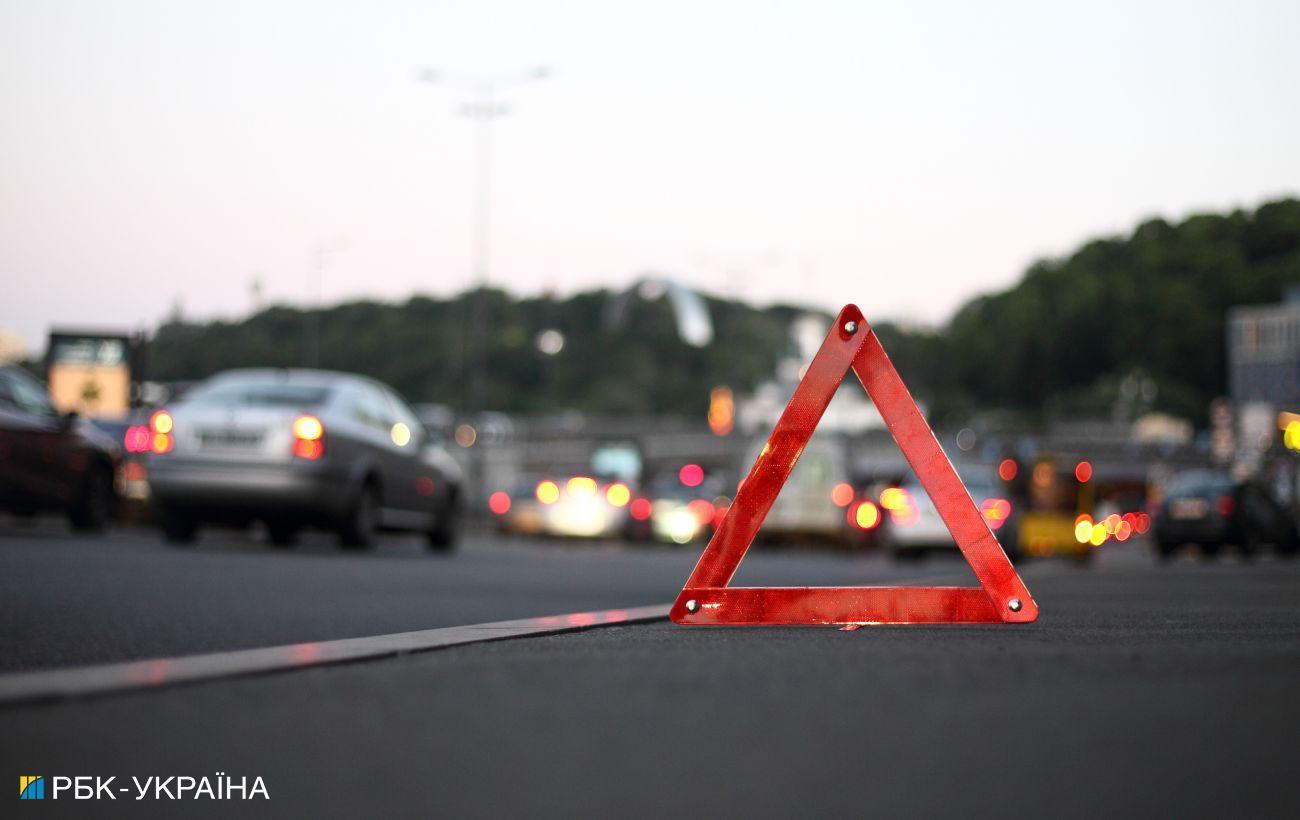 В Харьковской области столкнулись четыре автомобиля, есть пострадавшие