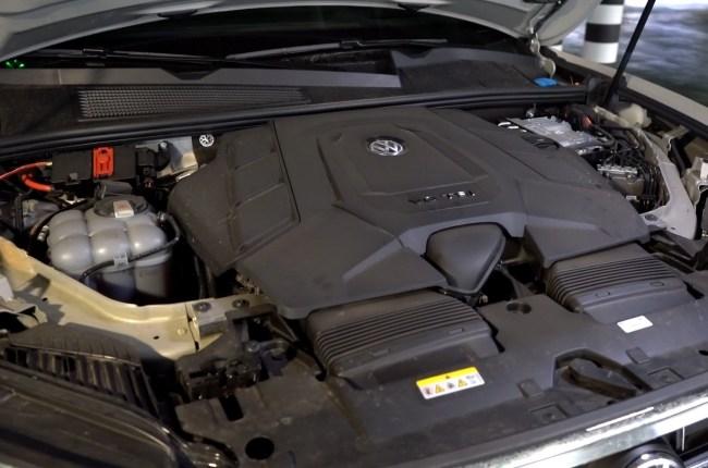 Volkswagen Touareg новый мотор EA839