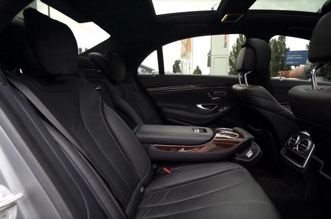 Mercedes S-Class W222 задний ряд сидений