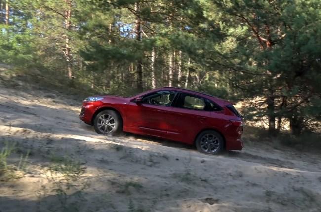 Ford Kuga на бездорожье