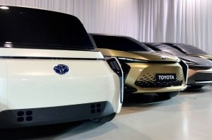 Зарядка с 0 до 100% за 10 минут: революционная АКБ от Toyota