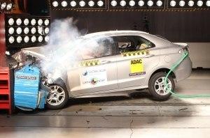 Самый опасный авто в истории прошел краш-тест