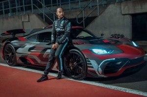 Чемпион Формулы-1 испытал гиперкар с 1,6-литровым мотором (видео)