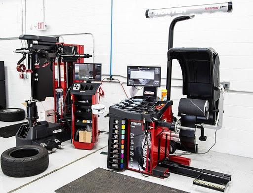 Основные плюсы качественного оборудования для шиномонтажа